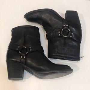 Frye Women's Tabitha Harness Short Boot